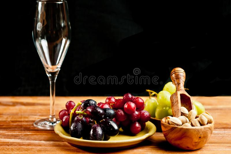 Tapas pour l'événement espagnol d'échantillon de vin photographie stock libre de droits