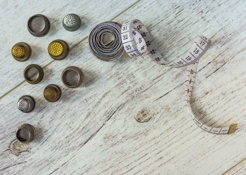 Tapeline и старые кольца стоковые изображения