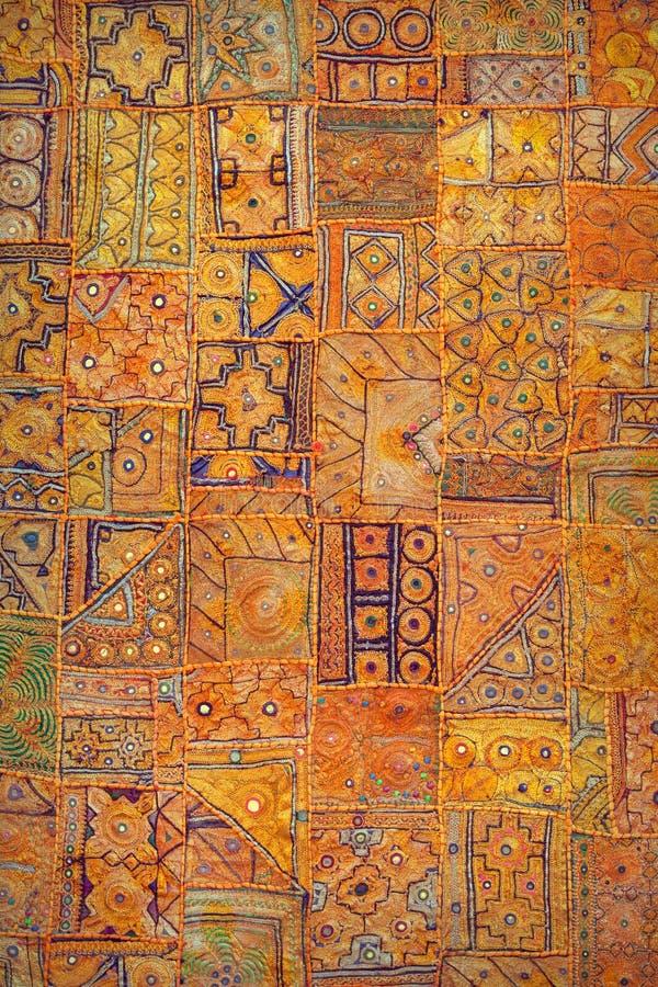Tapijtwerk authentieke Indische stijl Etnische verticale achtergrond raj royalty-vrije stock afbeelding