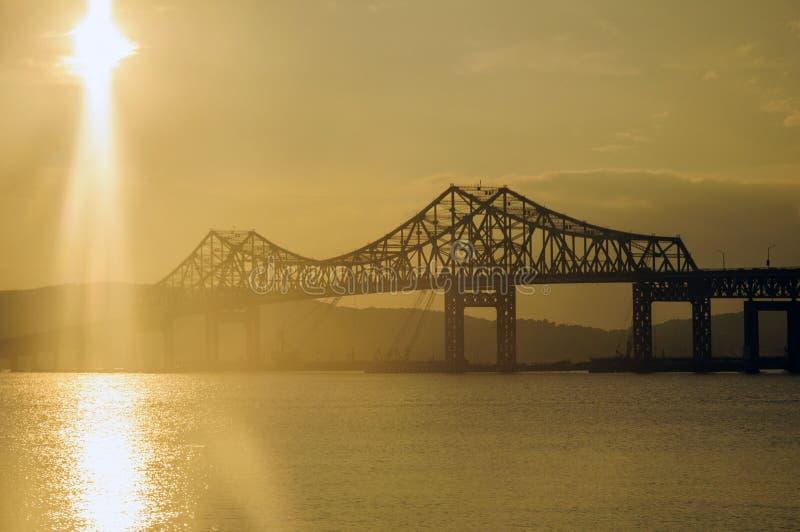 Tappan Zee Brücke lizenzfreie stockbilder