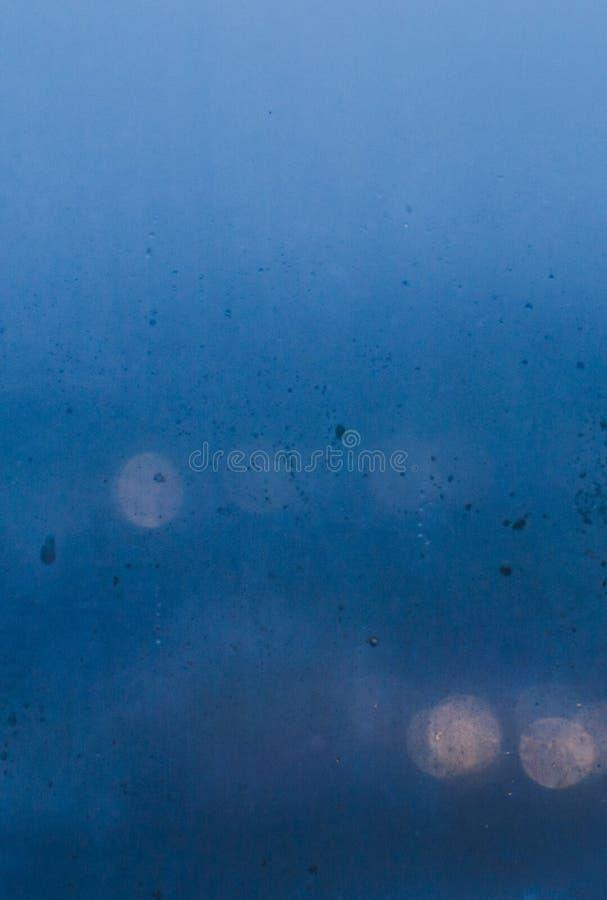 Tappar på fönster royaltyfria foton