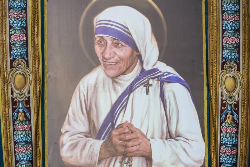 Tappezzeria che descrive Madre Teresa di Calcutta fotografie stock libere da diritti