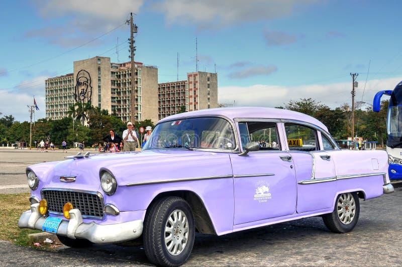 Tappning Chevrolet i havannacigarr arkivbilder