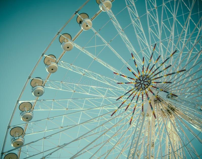 Tappning Retro Ferris Wheel Detail fotografering för bildbyråer