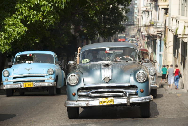 TappningamerikanareHavana Kuba royaltyfria foton
