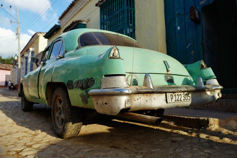 Tappningbil i Trinidad, Kuba arkivbilder