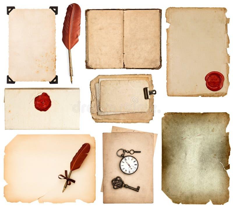 Tappningboksidor, kort, foto, stycken som isoleras på vit arkivfoto