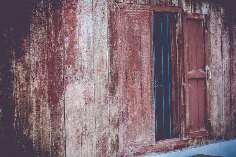 Tappningfönster royaltyfri bild
