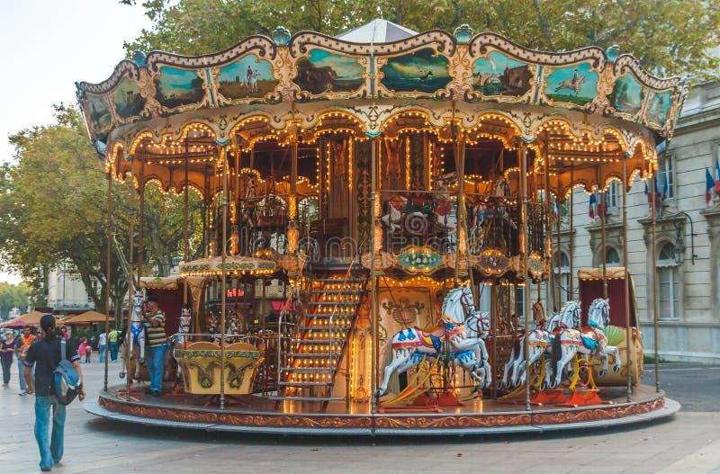 Tappningkarusell i Avignon royaltyfri foto