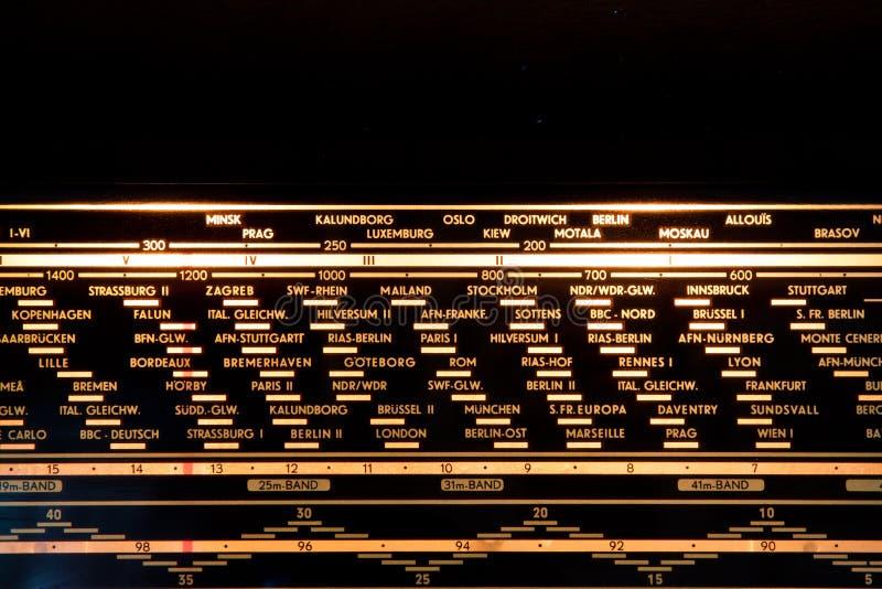 Tappningradiodetalj royaltyfri foto