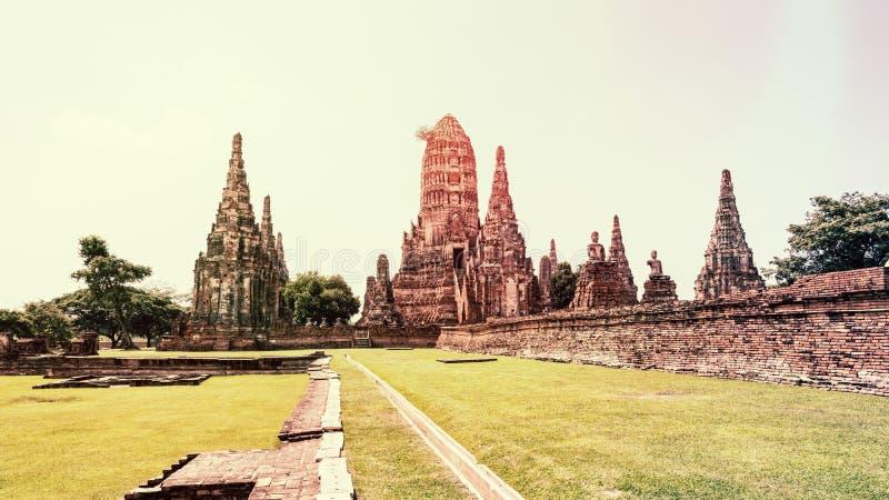 TappningstilWat Chaiwatthanaram forntida tempel arkivfoto