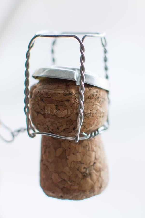 Tappo di Champagne con il primo piano del nastro metallico vecchio fotografie stock