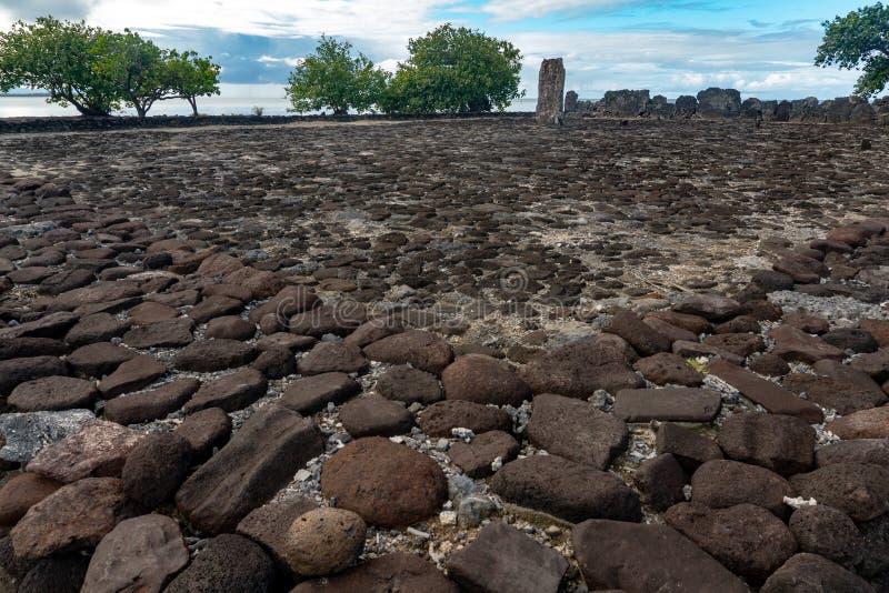 Taputapuatea Marae do local arqueológico francês do Unesco de Raiatea Polinésia fotos de stock