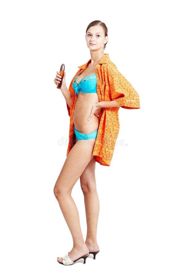 tar den trevliga förberedande duschen för flickan till arkivfoton