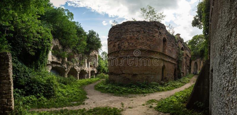 Tarakanivskiy堡垒,罗夫诺地区,乌克兰废墟  免版税库存图片