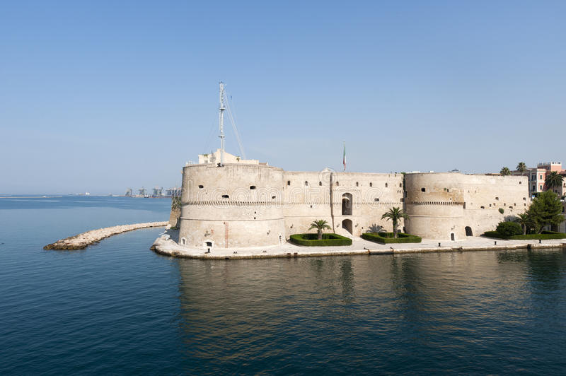 Download Taranto (Apulia, Italy) - Old Castle On The Sea Royalty Free Stock Photography - Image: 21833377