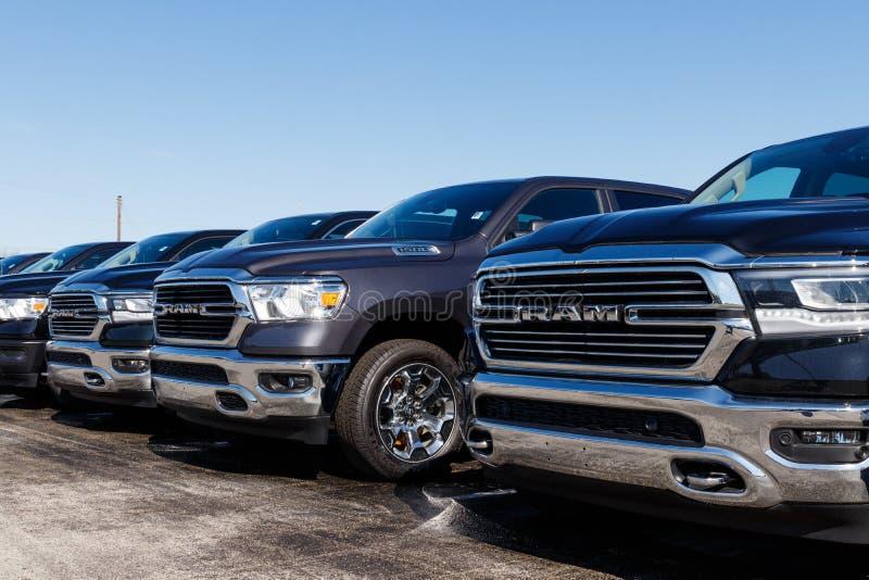 Taranuje 1500 na pokazie przy Chrysler baranu przedstawicielstwem handlowym Filie FCA s? Chrysler, Dodge, d?ip i baran II, zdjęcia royalty free