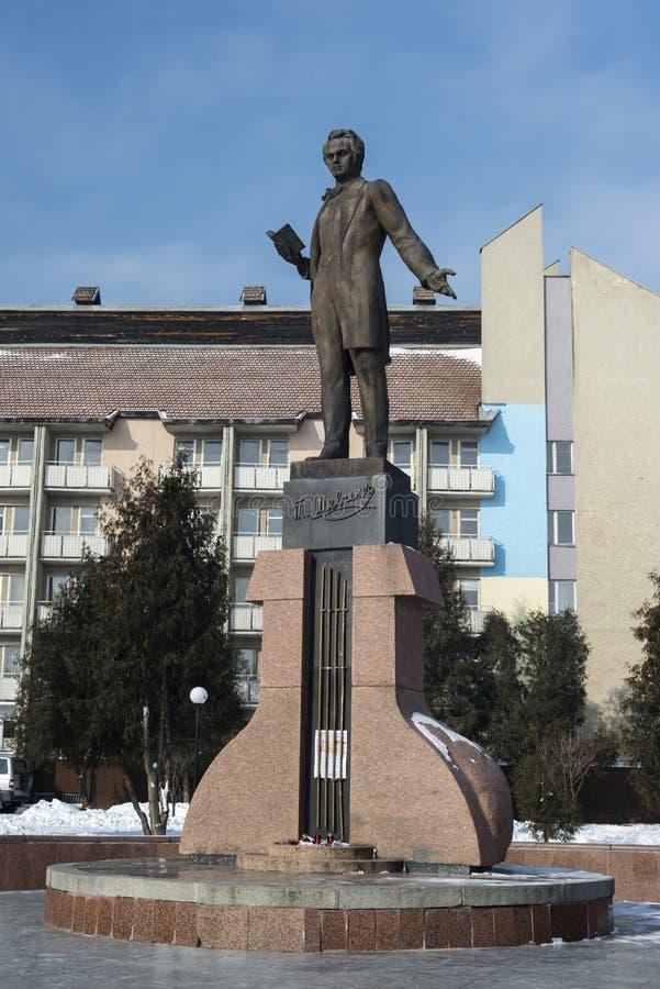 Taras Shevchenko-monument in Drohobych, de Westelijke Oekraïne Overgenomen foto: 17 februari, 2017 royalty-vrije stock foto