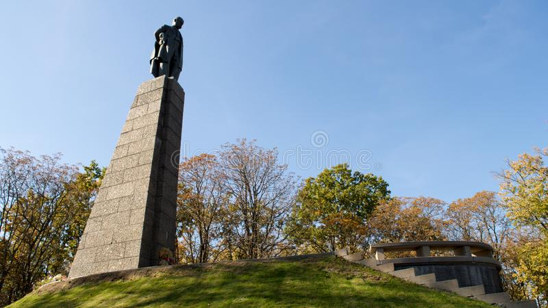 Taras Shevchenko monument on Taras Hill or Chernecha Hora in Kaniv, Ukraine on October 14, 2018. KANIV, UKRAINE - OCTOBER 14: Taras Shevchenko monument on Taras stock photos