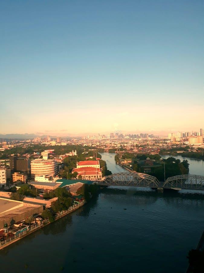 Tarde da skyline de Manila fotografia de stock royalty free