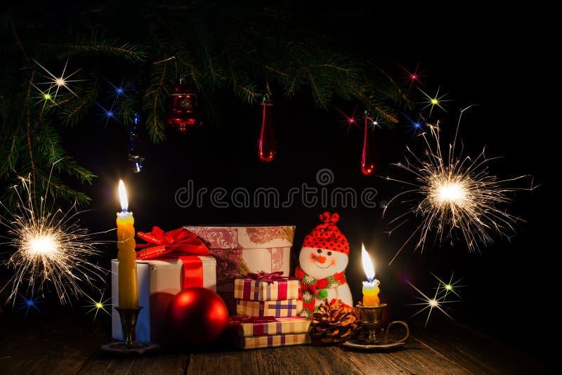 Tarde de la Navidad por luz de una vela fotografía de archivo
