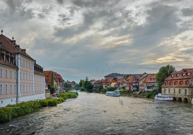 Tarde del verano en el río Regnitz foto de archivo libre de regalías