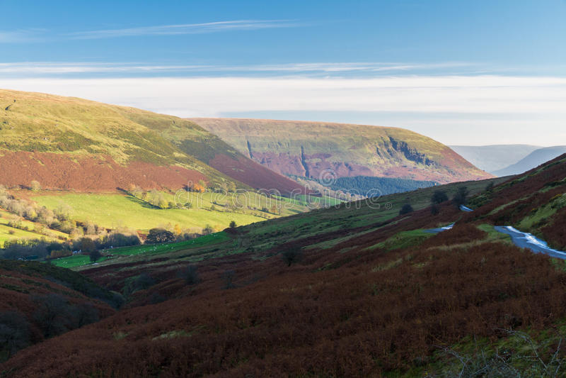 Tarde en el valle de la montaña, Gran Bretaña imagen de archivo