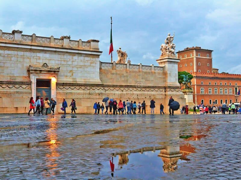 Tarde lluviosa del otoño en Roma fotografía de archivo