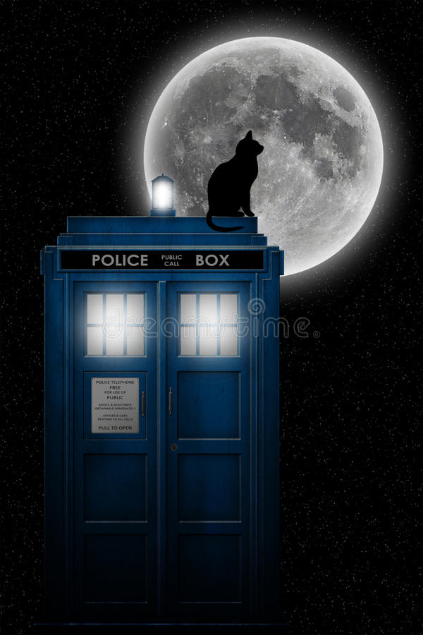 Free Tardis In The Moonlight Royalty Free Stock Images - 48615819