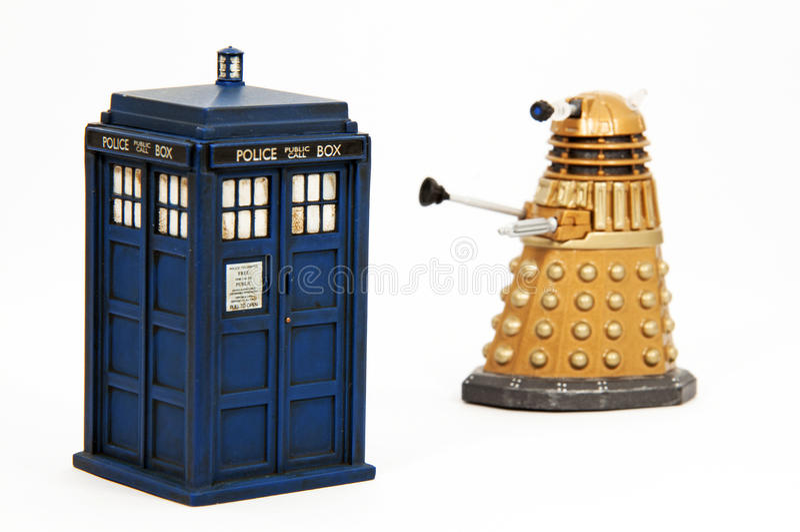 Tardis y Dalek fotografía de archivo libre de regalías