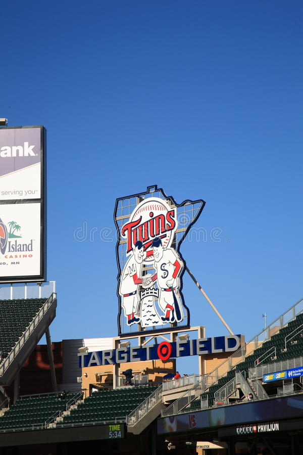 Free Target Field - Minnesota Twins Royalty Free Stock Photography - 18958917