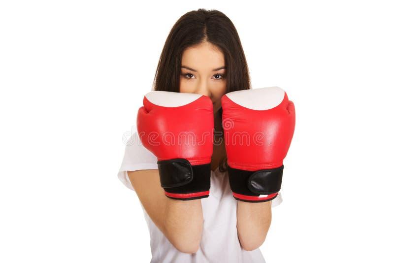 target116_0_ kobiet potomstwa bokserskie rękawiczki fotografia stock