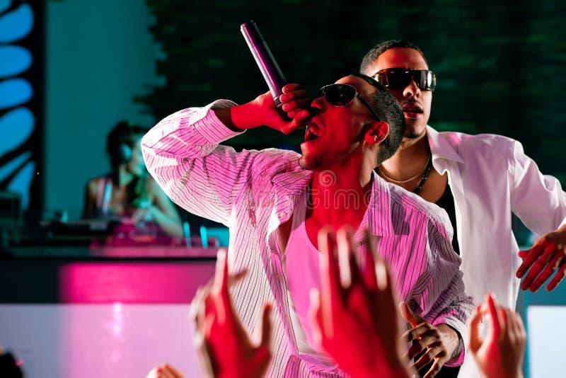 target1072_1_ rap scenę hip hop muzycy obraz stock