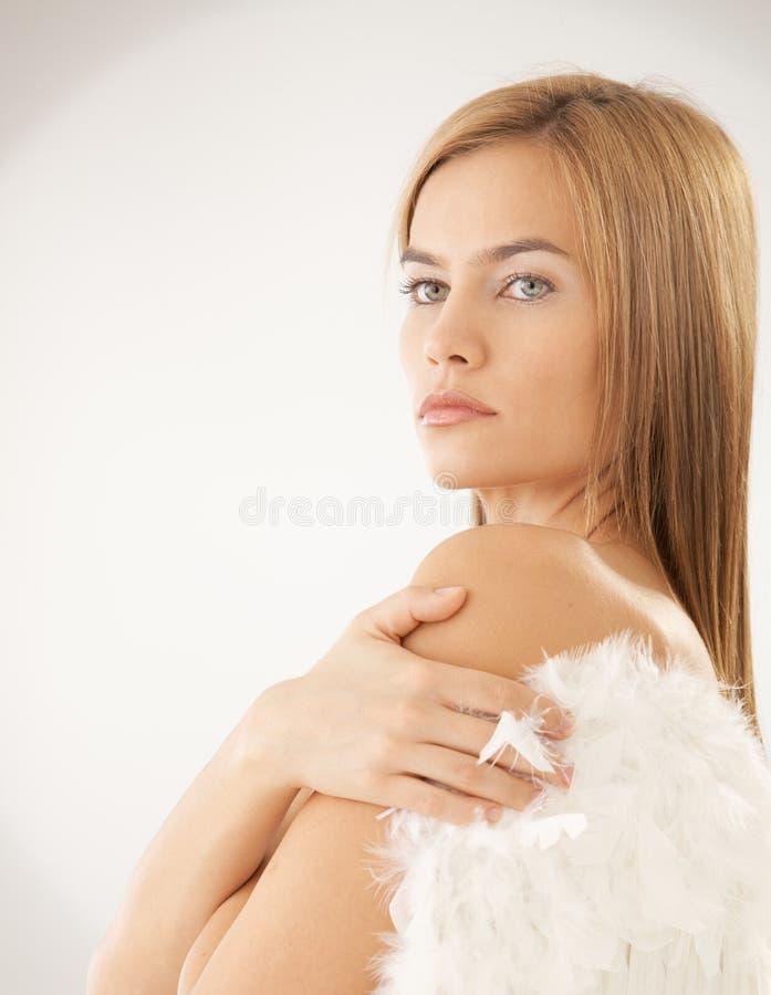 TARGET1217_0_ aniołów skrzydła toples kobieta fotografia stock