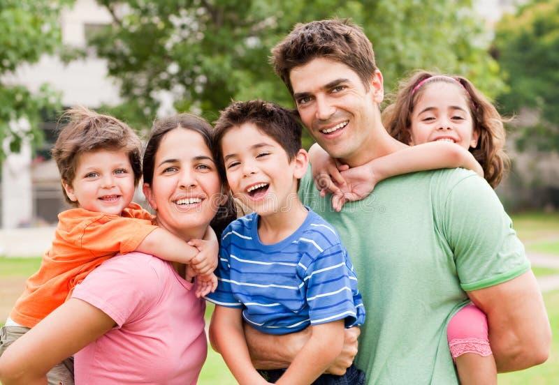 target1296_0_ dzieciaków piggyride czas zdjęcie stock