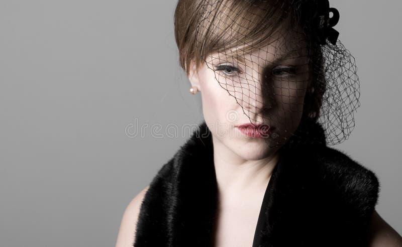 Download Target130_0_ kobieta obraz stock. Obraz złożonej z zadumany - 13335293