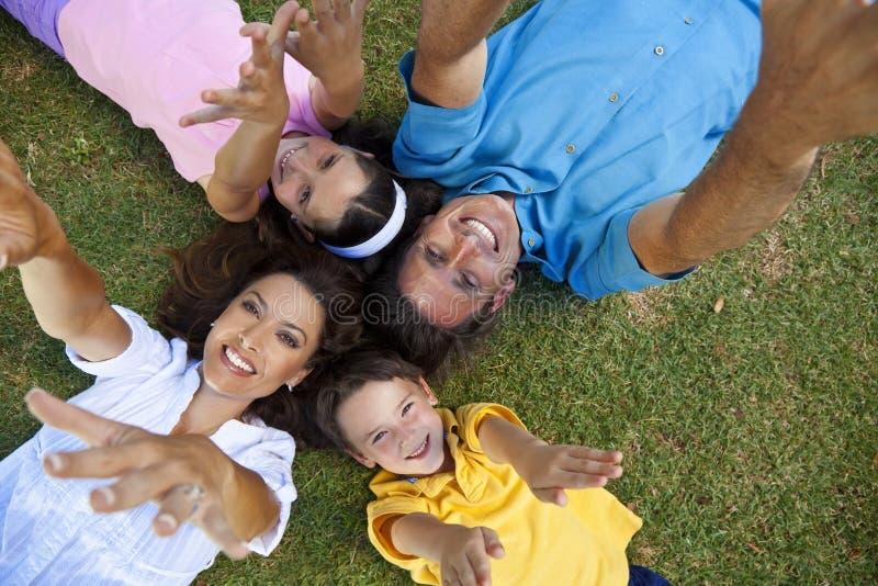 target144_0_ target145_0_ rodzinne puszek ręki - rodzinny obrazy royalty free