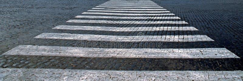 Download Target1516_1_ Historycznej Drogi Kamienia Zebry Obraz Stock - Obraz złożonej z abstrakt, czerń: 13330303
