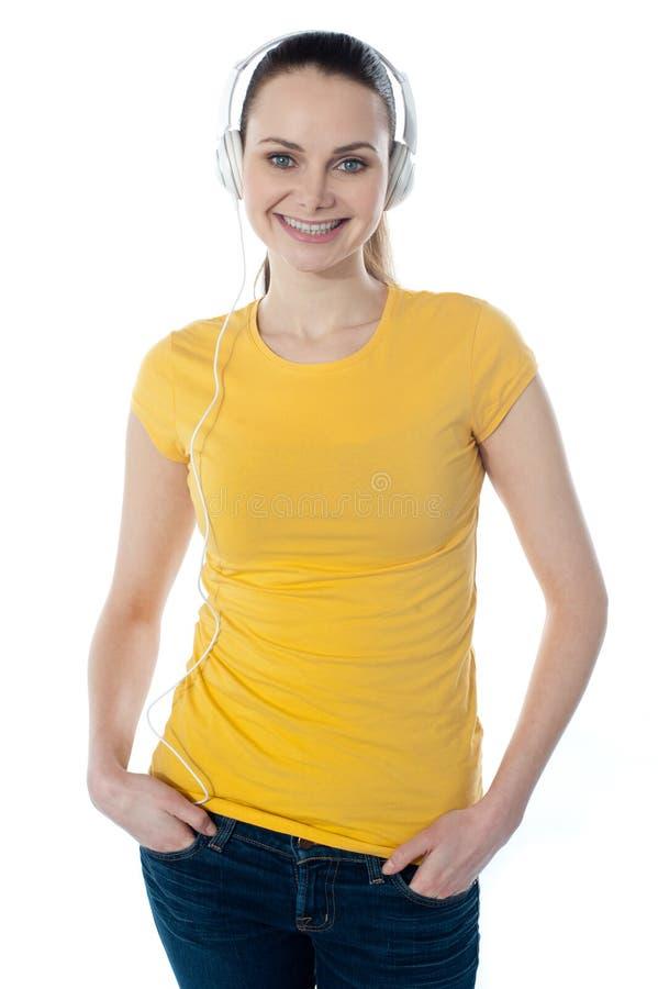 target19_1_ muzycznej kobiety piękni hełmofony fotografia stock