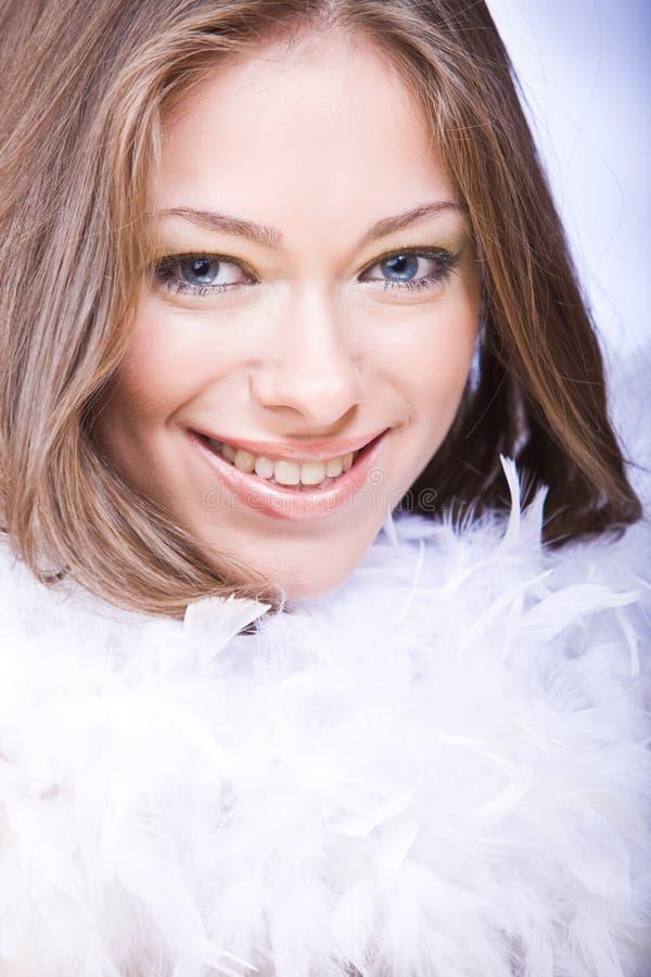 target2585_0_ białych kobiet potomstwa boa błękitny oczy obrazy stock