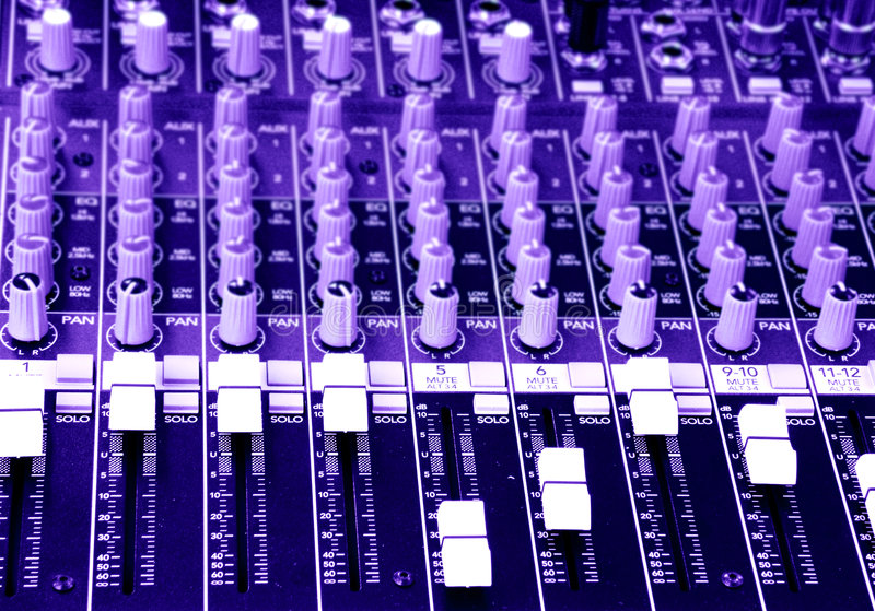 target2884_0_ muzyka dźwięka konsola melanżer obrazy stock