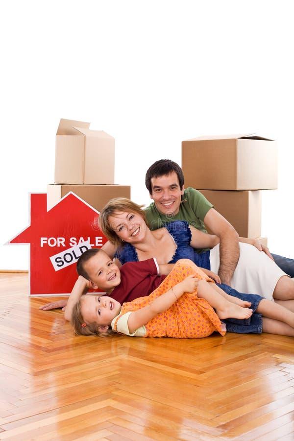 target376_0_ nowy ich rodzina dom podłogowy szczęśliwy obraz royalty free