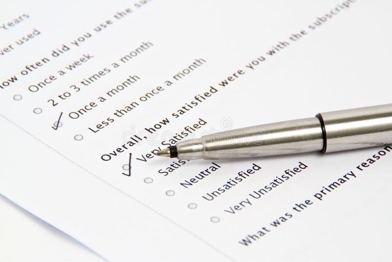 target710_0_ kwestionariusz ankietę formularzowy pióro obrazy royalty free