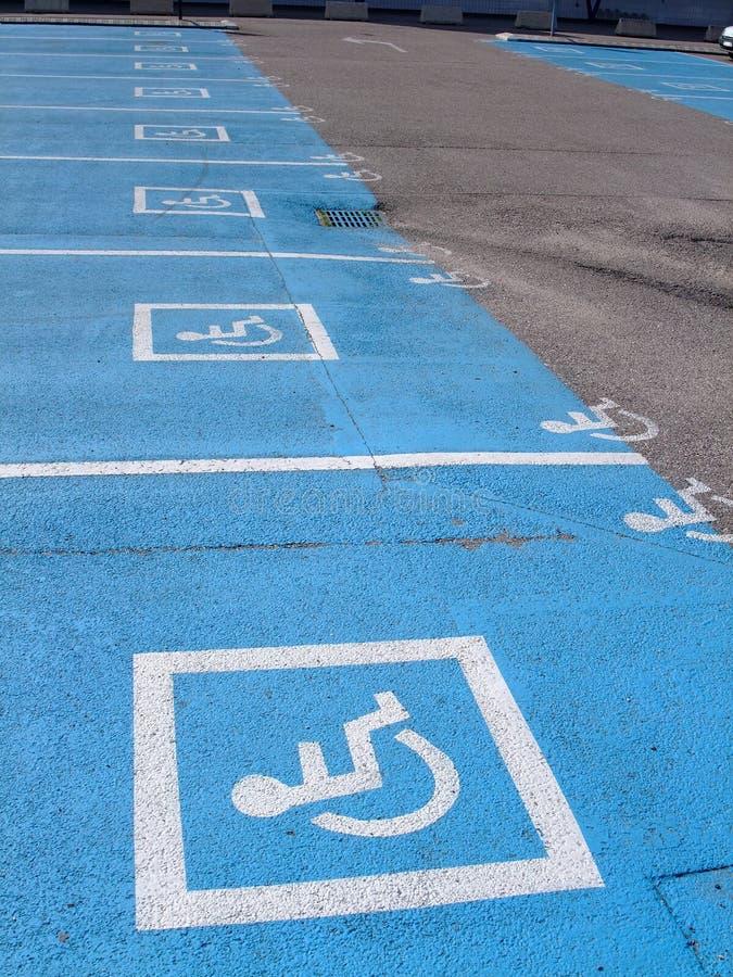 target720_1_ osoby niepełnosprawni udziały zdjęcie royalty free