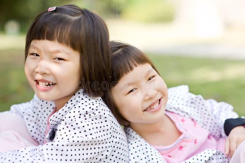 target836_0_ bliźniaka azjatykcie dziewczyny zdjęcia royalty free