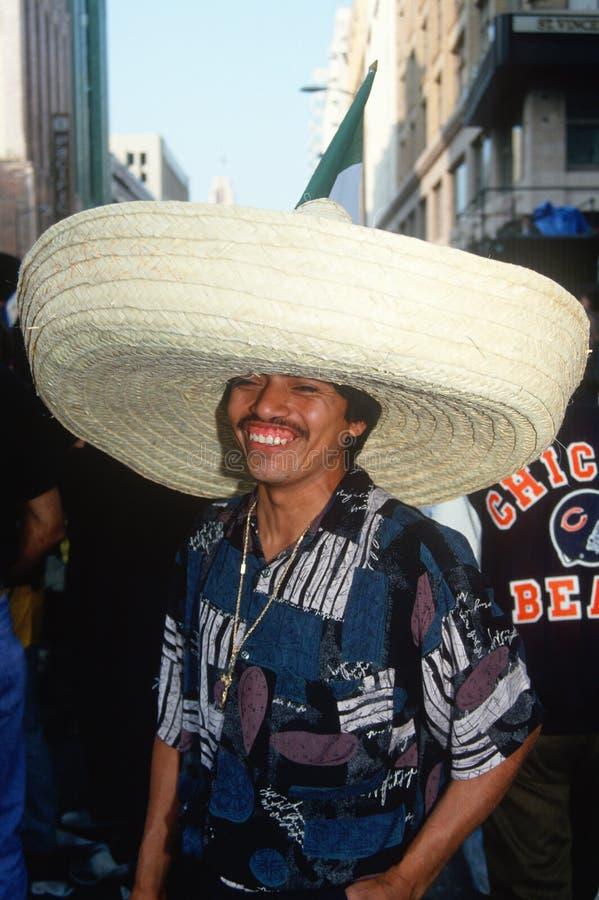 TARGET915_0_ sombrero Meksykański mężczyzna, fotografia stock