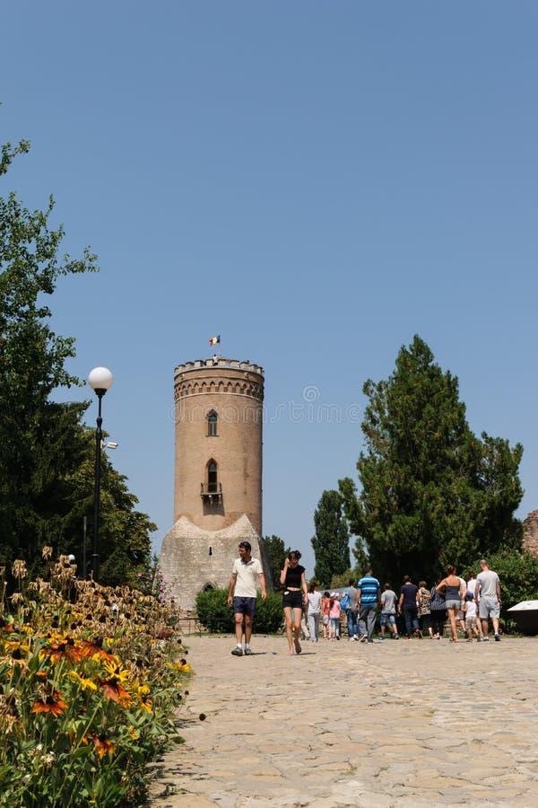 Targoviste, Roumanie - 15 août 2017 : les touristes visitant Chindia dominent dans Targoviste, Dambovita, Roumanie photos stock