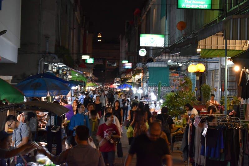 Targowa ulica przy Bangkok zdjęcia stock