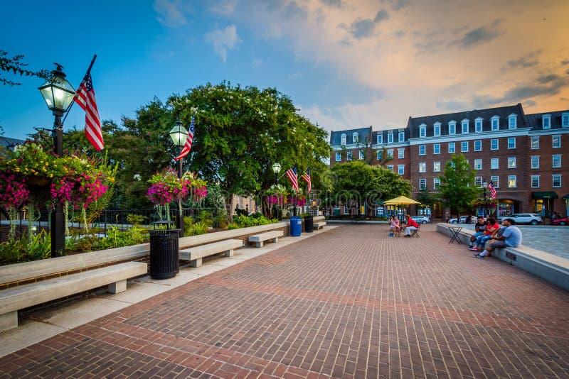 Targowy kwadrat przy zmierzchem, w Starym miasteczku Aleksandria, Virginia zdjęcia stock