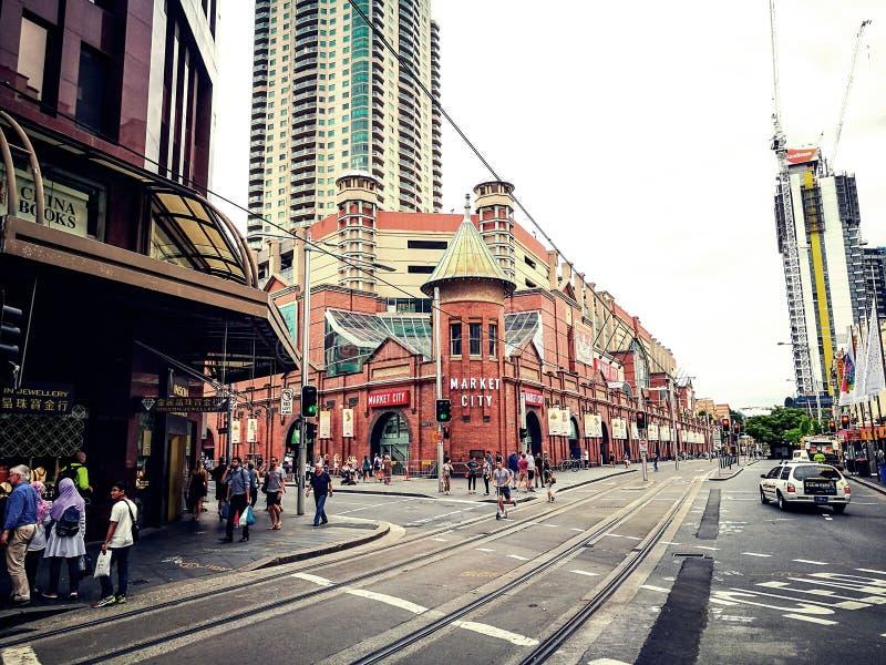 Targowy miasta centrum handlowe w sercu Sydney ` s Chinatown wizerunek w Filmowym brzmienie kolorze zdjęcia royalty free